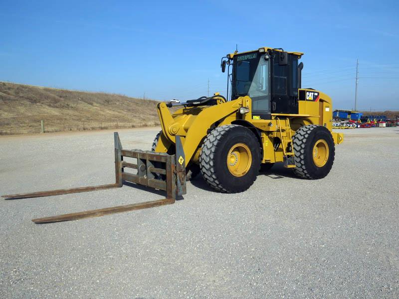 2010 CAT 928H w/3,291 Hrs – YD1