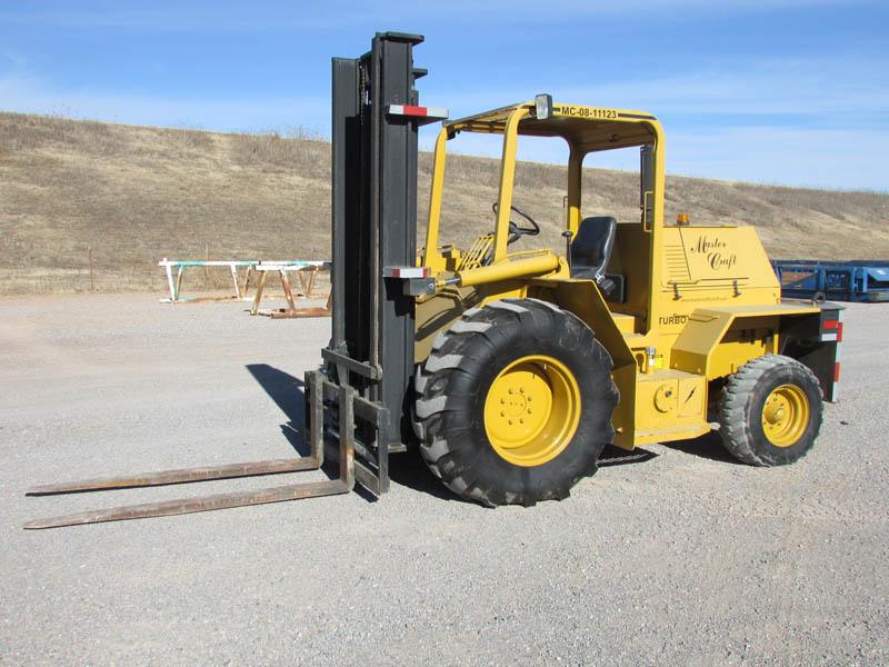 2010 MC Forklift w/456 Hrs – YD1