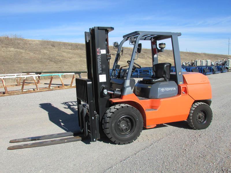TOYOTA 7FDU45 Forklift – YD1