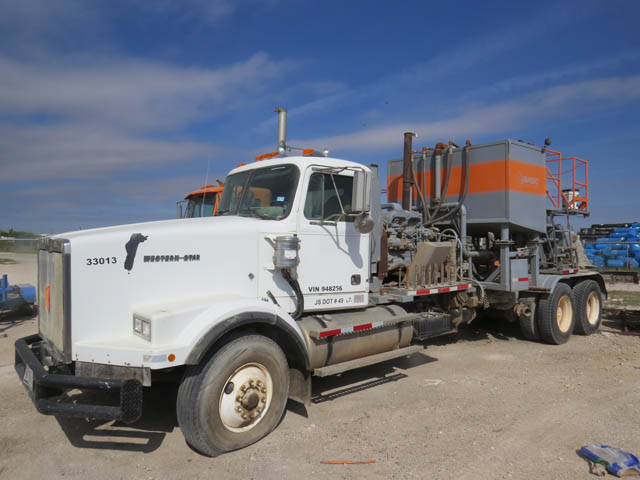 '97 WESTERN STAR Cement Pump Truck