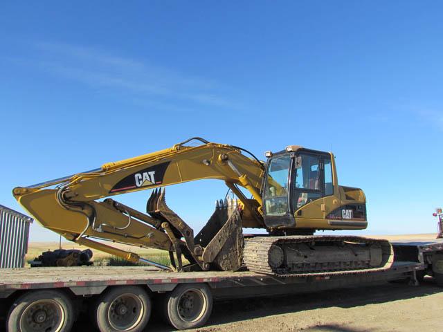 CAT 320C Excavator – DY1 YD5