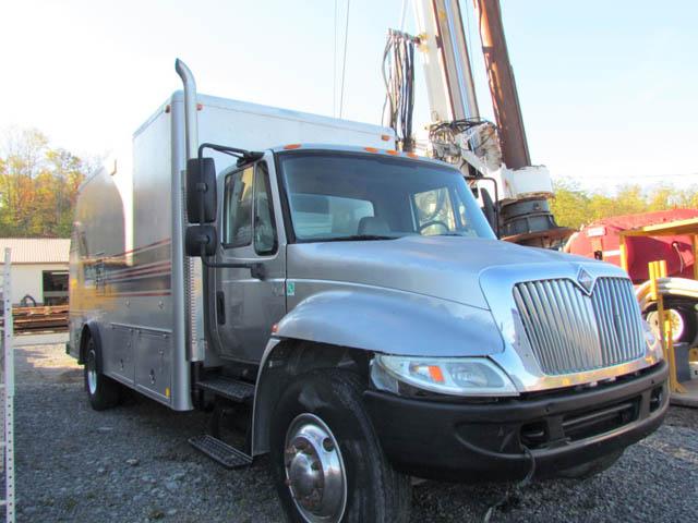2005 INT'L 4300 Wireline Truck – DY1 YD18