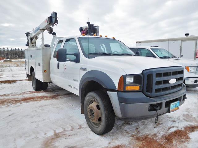2007 FORD F550 Service Truck – YD2
