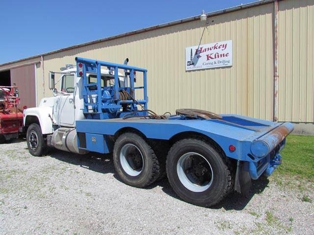 MACK R690S Winch Truck – YD1