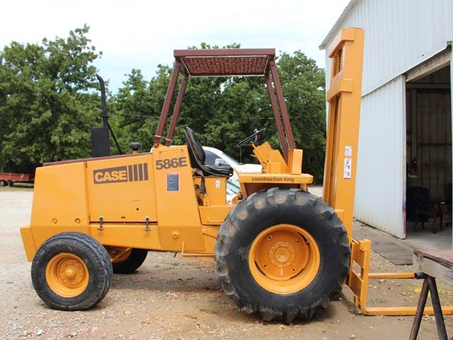 CASE 586E Forklift – YD1