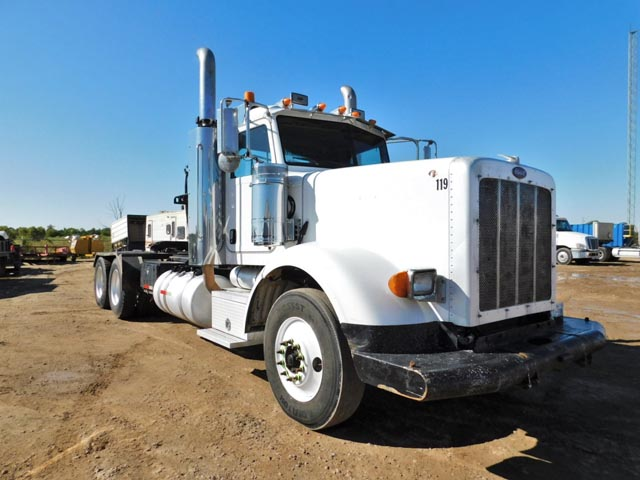 '09 PETE 367 T/A Winch Tractor – DY1 YD1