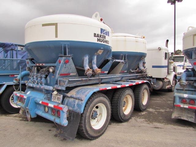 '05 PETE Bulk Truck – DY1 YD25