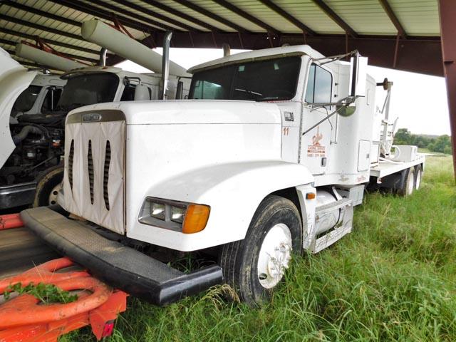 '04 FREIGHTLINER Laydown Truck – DY2 YD1