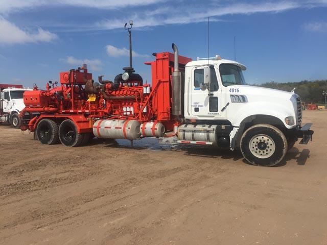 (1 of 2) G.DENVER C-2250 Frac Pump Units