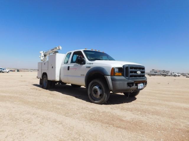 10-FORD F450 Mechanics Truck (Custom)