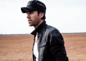 DUELE EL CORAZON de Enrique Iglesias es la cancion #1 del año