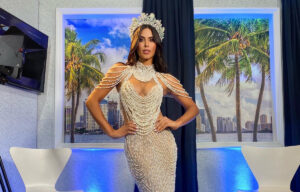 "Michell Roxana entregó la corona a la nueva ""Miss Earth Venezuela 2020"""