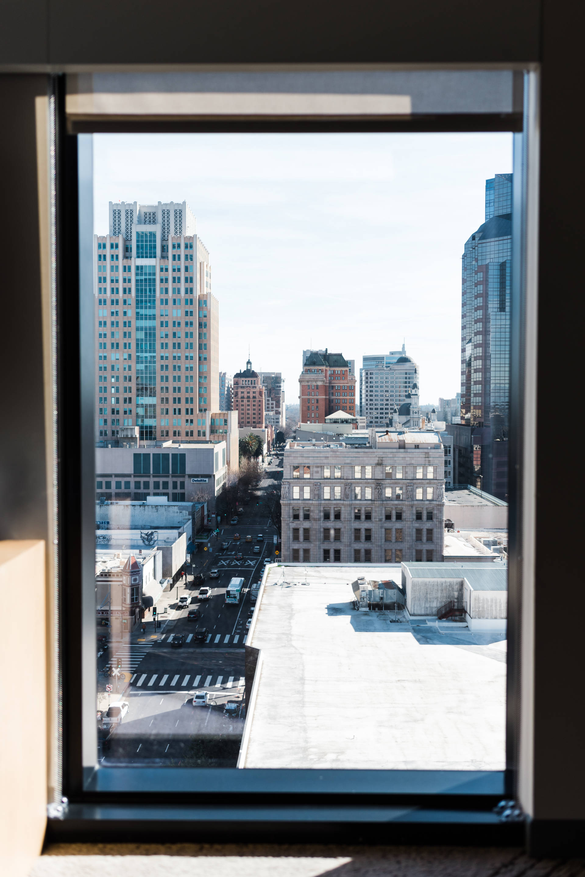 The perfect staycation experience with Kimpton Sawyer Hotel in Sacramento, CA.