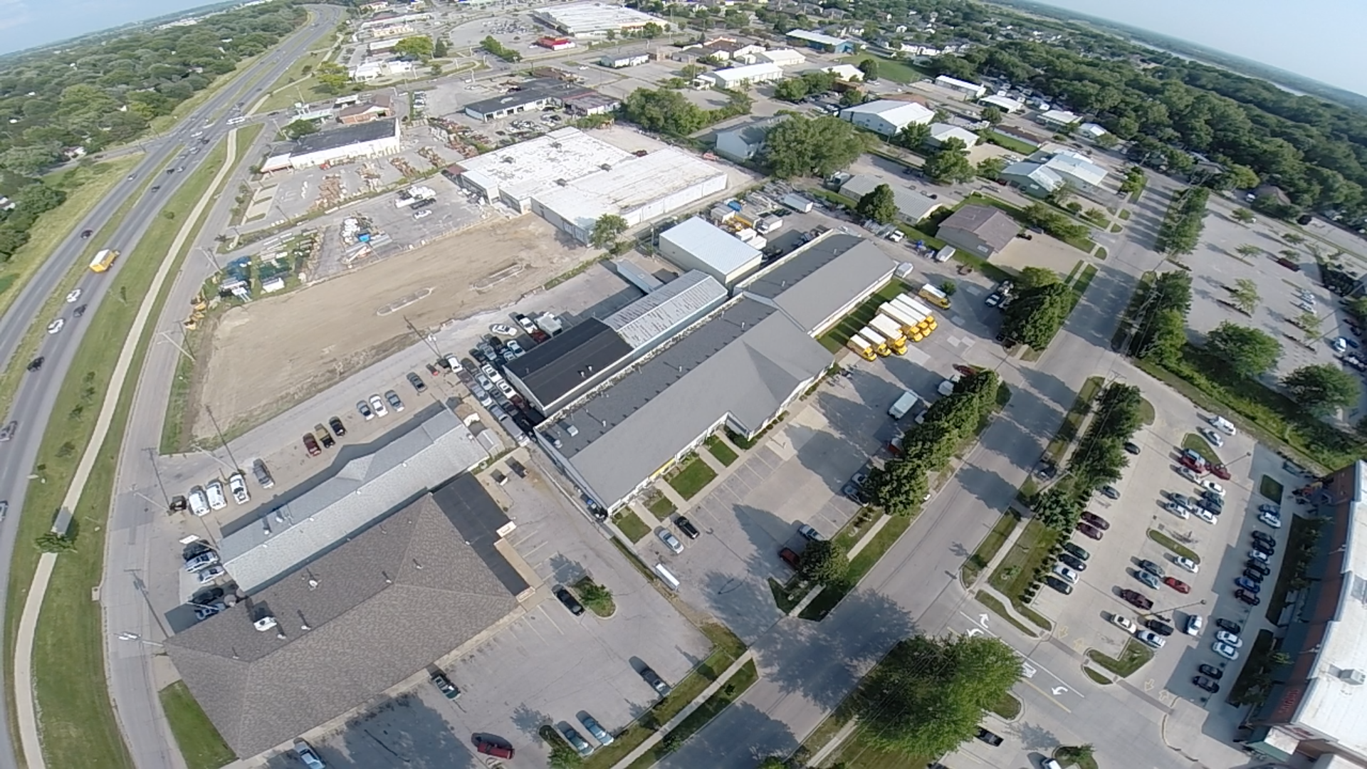 Aerial view of Big Ten Rentals at 1820 Boyrum St. We called Iowa City Municipal Airport at (319) 356-5045 prior to flying because we are inline with runway 2-5. We have been told that flying under 200 feet is fine.