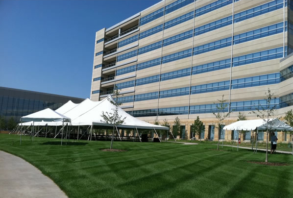 This corporate event was held at Aviva in Des Moines, Iowa.