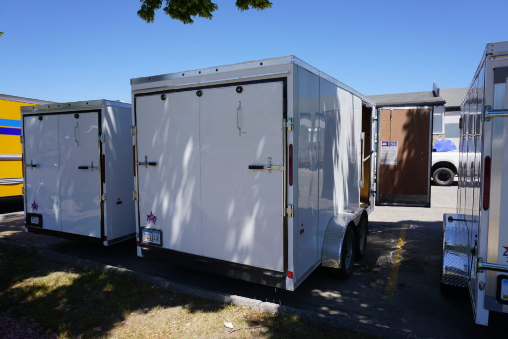 Back of 7x14 white tandem enclosed trailer for rent or sale [sn2887]