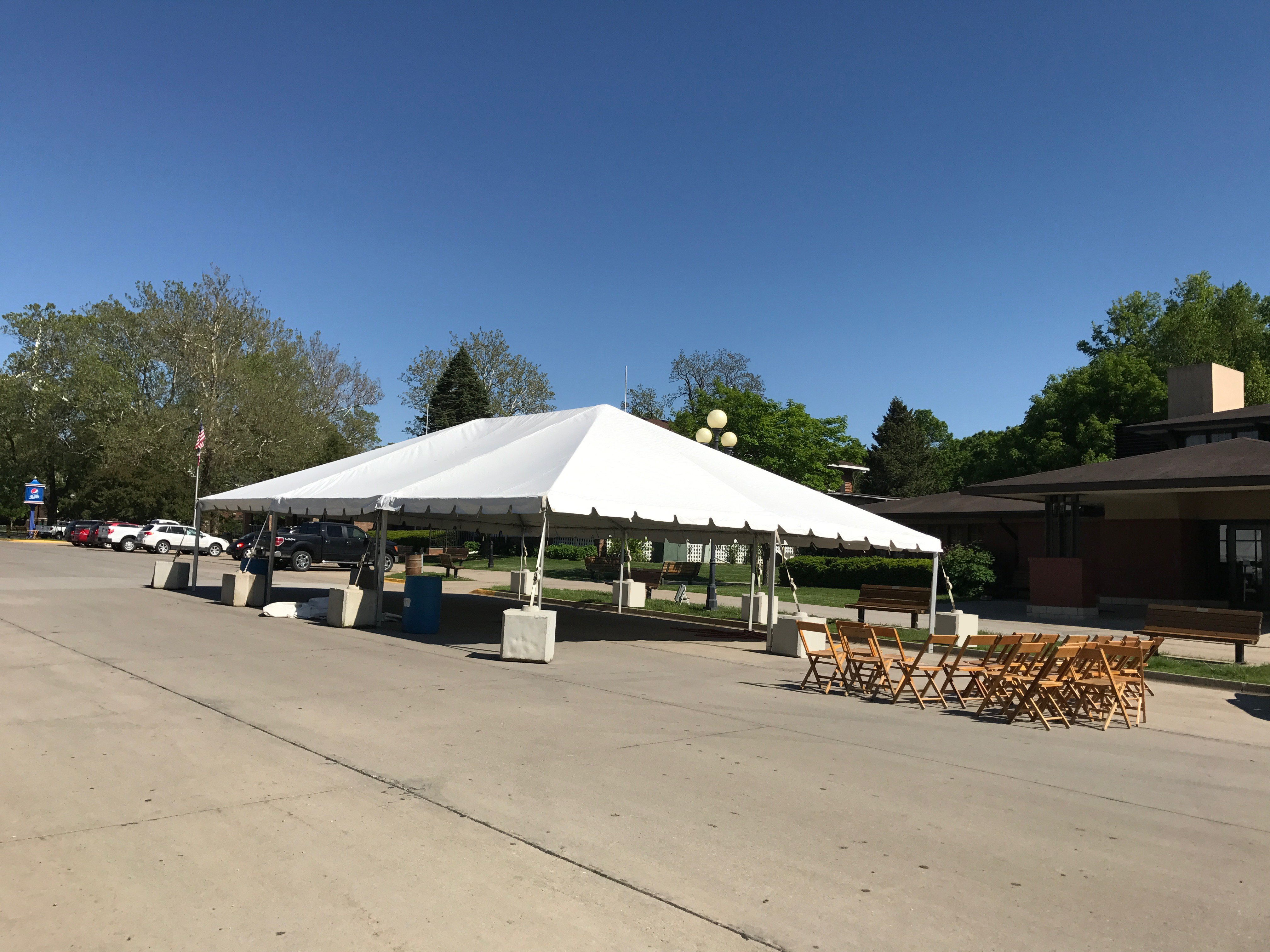 30′ x 45′ tent for the JDRF One Walk in Des Moines 2017