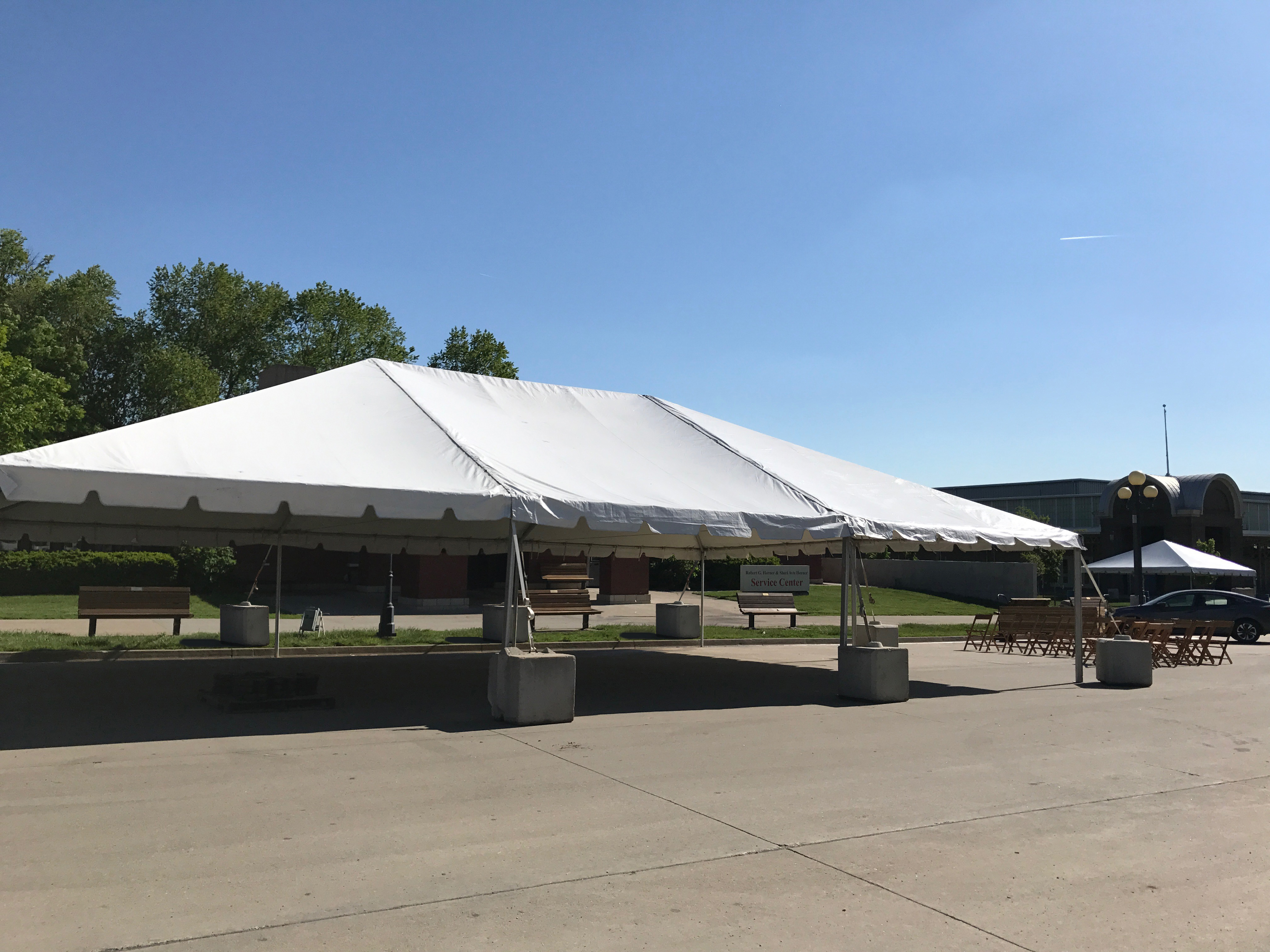 Side of 30′ x 45′ frame tent for the JDRF One Walk in Des Moines 2017