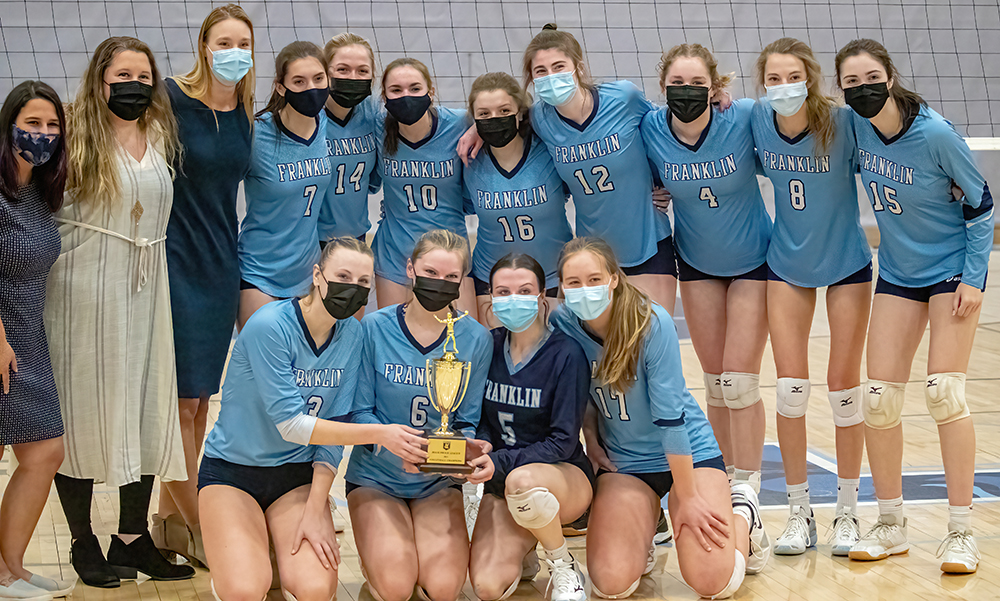 The Franklin volleyball team poses for a picture after beating King Philip in the Hockomock Cup Final. (Ryan Lanigan/HockomockSports.com)