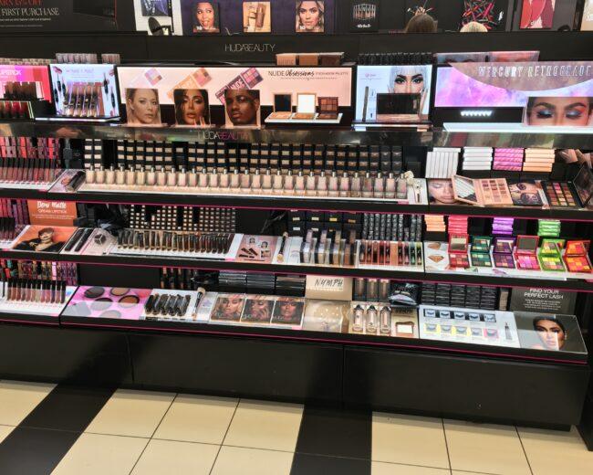 Huda Beauty 3 Bay Sephora