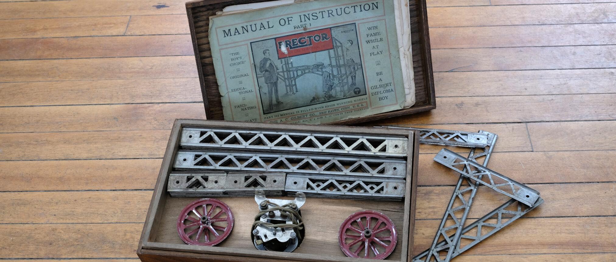 Erector Set including box and square girder