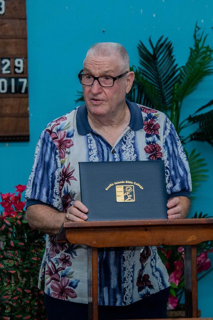 Robert presenting PIBC diploma