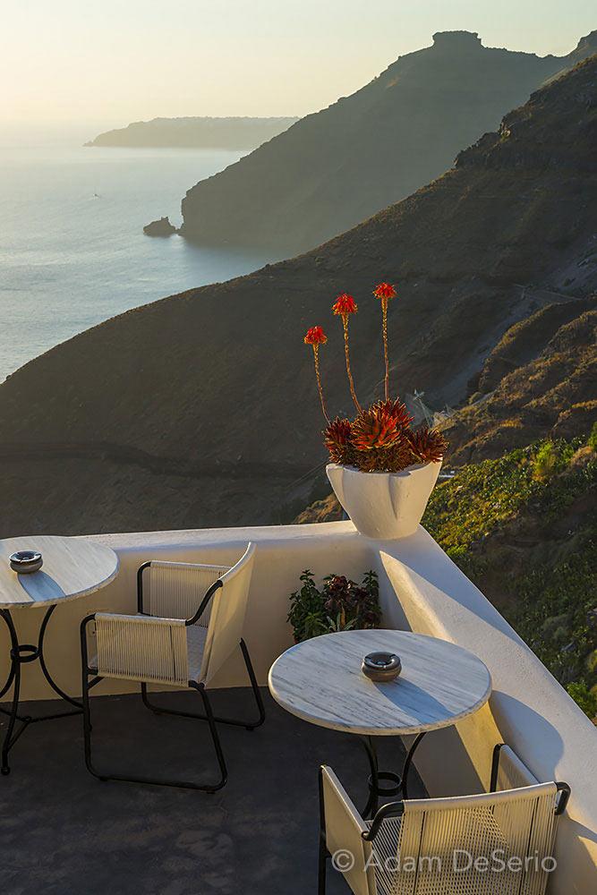 Corner Seat, Santorini