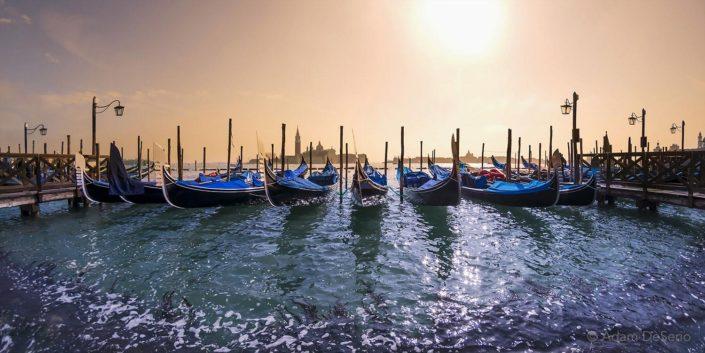 Gondola Romantica, Venice