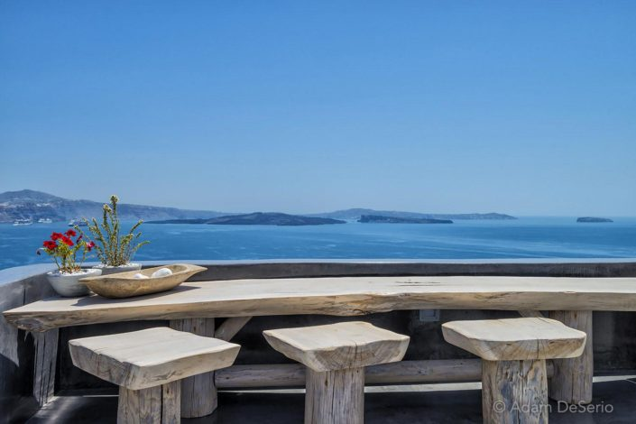 Table For Three, Santorini