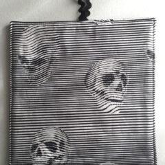 Skull Potholder