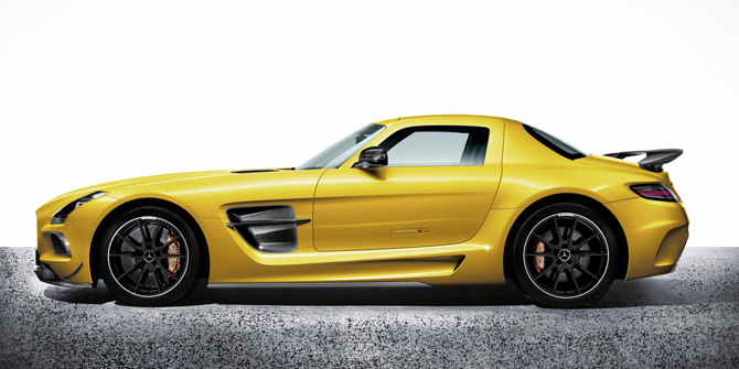 SLS AMG Black Series Curb weight of 3,417 pounds - 154 pounds lighter than Previously