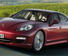 Porsche-Panamera Hybrid S