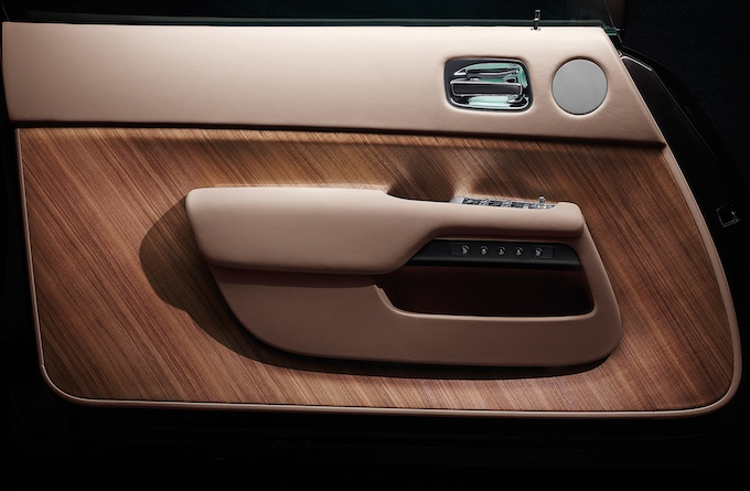 Rolls-Royce Wraith door panel