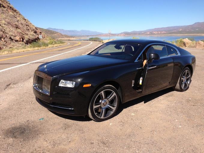Rolls-Royce Wraith driver iphone
