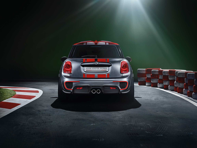 The new MINI: more innovations, more space.