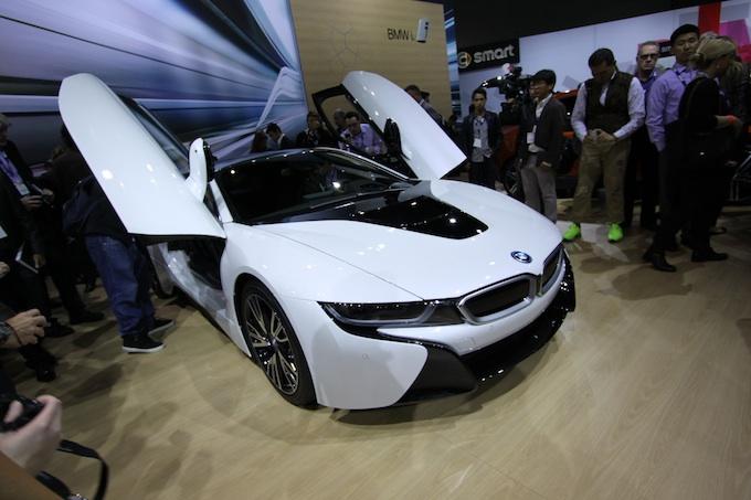 LA Auto show i8 resized