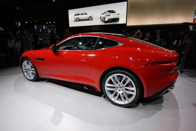 LA Auto show jaguar resized