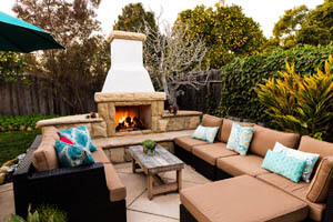 Outdoor Flagstone Fireplace and Seating Area