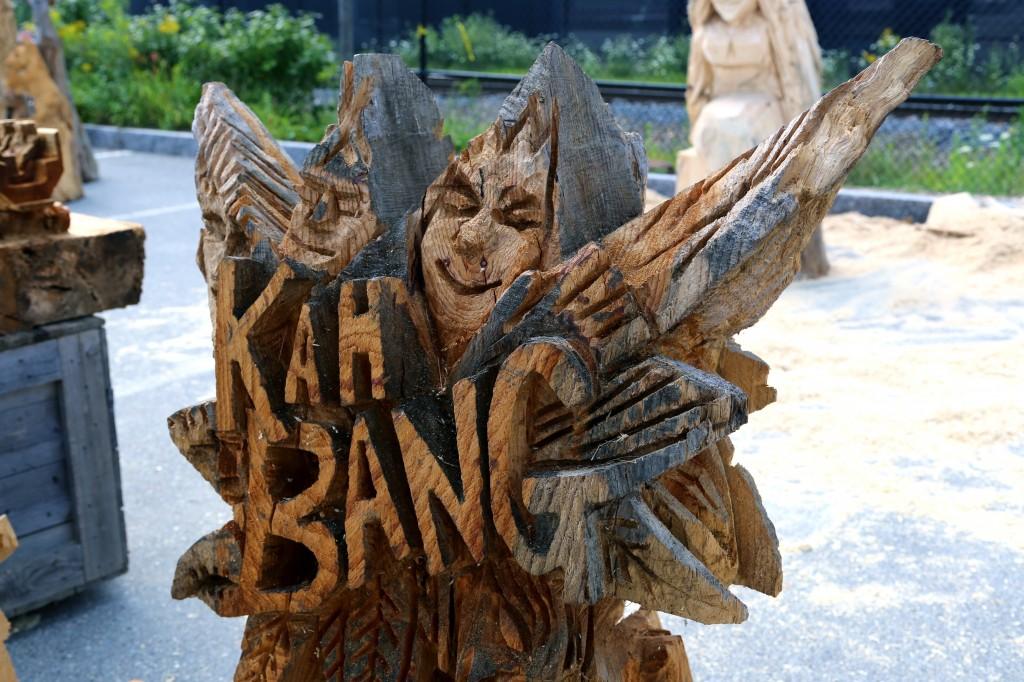 wooden kahbang