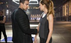 Divergent (Divergente) - 2014