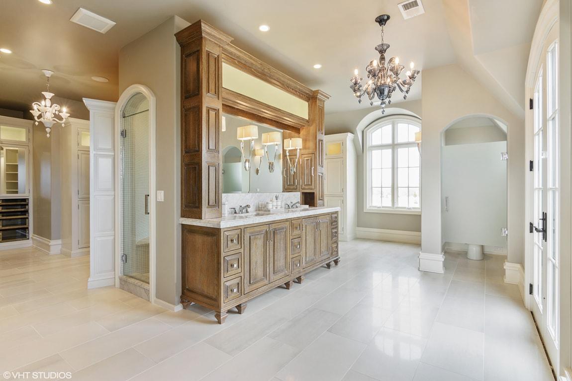 EnclaveCt-Master-Bathroom