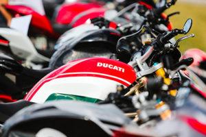 Automezzi-Colorado-2018-Ducati-Bikes