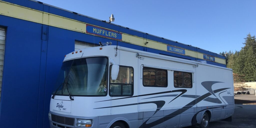 motorhome-out-back