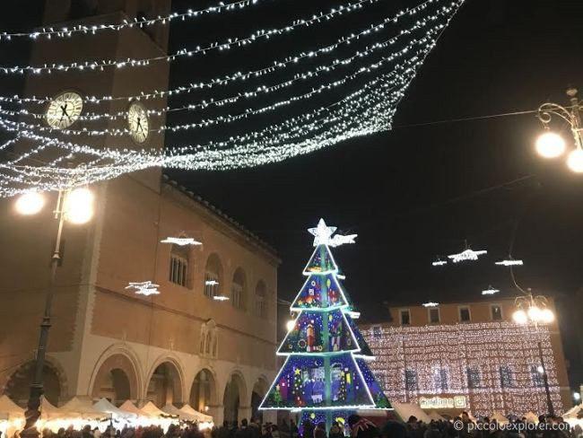 Christmas in Fano Piazza XX Settembre 2015