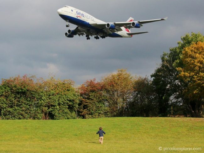 Myrtle Avenue Plane Spotting Heathrow Airport