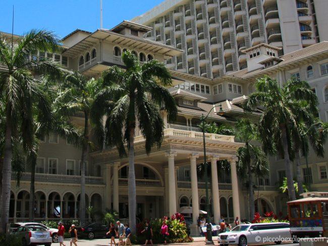 Moana Surfrider Oahu Review