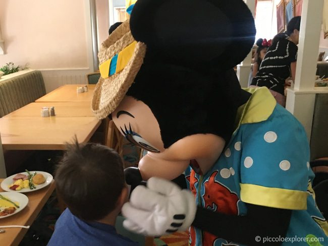 Meeting Minnie Mouse at the Cape May Cafe Character Breakfast, Disney's Beach Club Resort