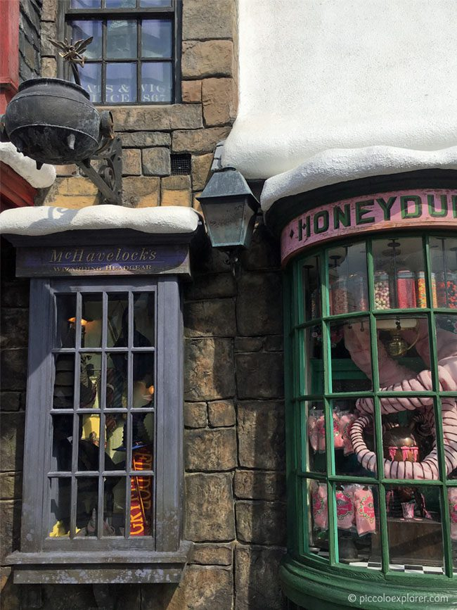 Shops at Hogsmeade Village, The Wizarding World of Harry Potter, Universal's Islands of Adventure