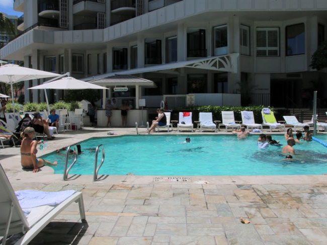 Swimming Pool at Moana Surfrider