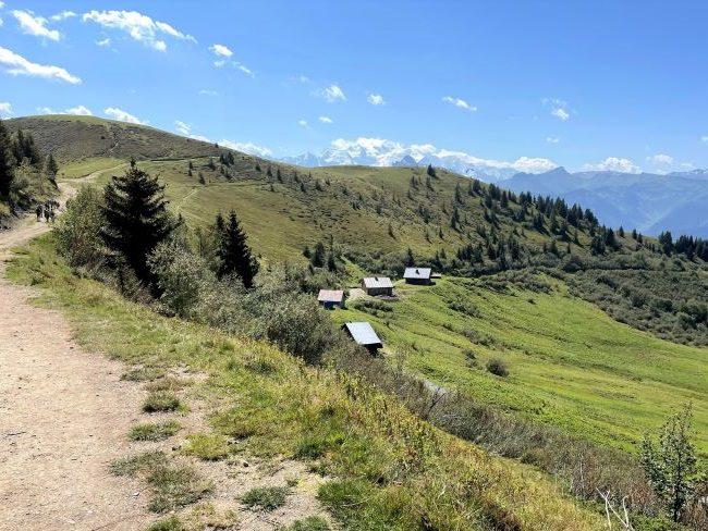 La Bourgeoise hike Morzine